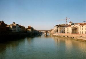 Blick auf den Ponte Vecchio in Florenz, Foto von Artsplash